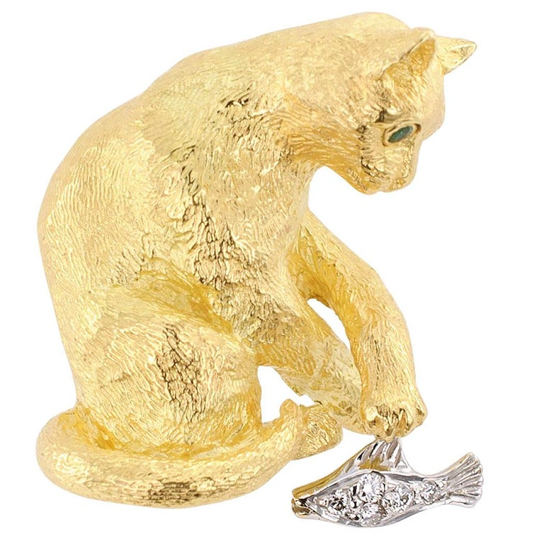 Tiffany & Co. Figural Cat Brooch Emeralds Diamonds Gold For Sale