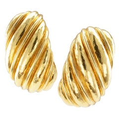 David Webb Fluted Gold Ear Hoops