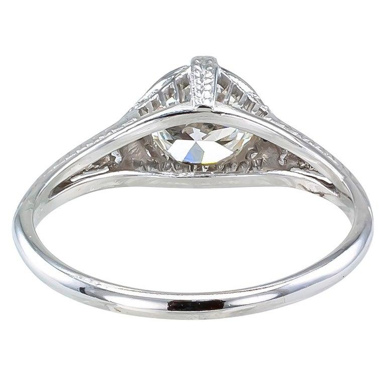 Women's Art Deco 0.96 Carat Diamond Solitaire Platinum Engagement Ring For Sale