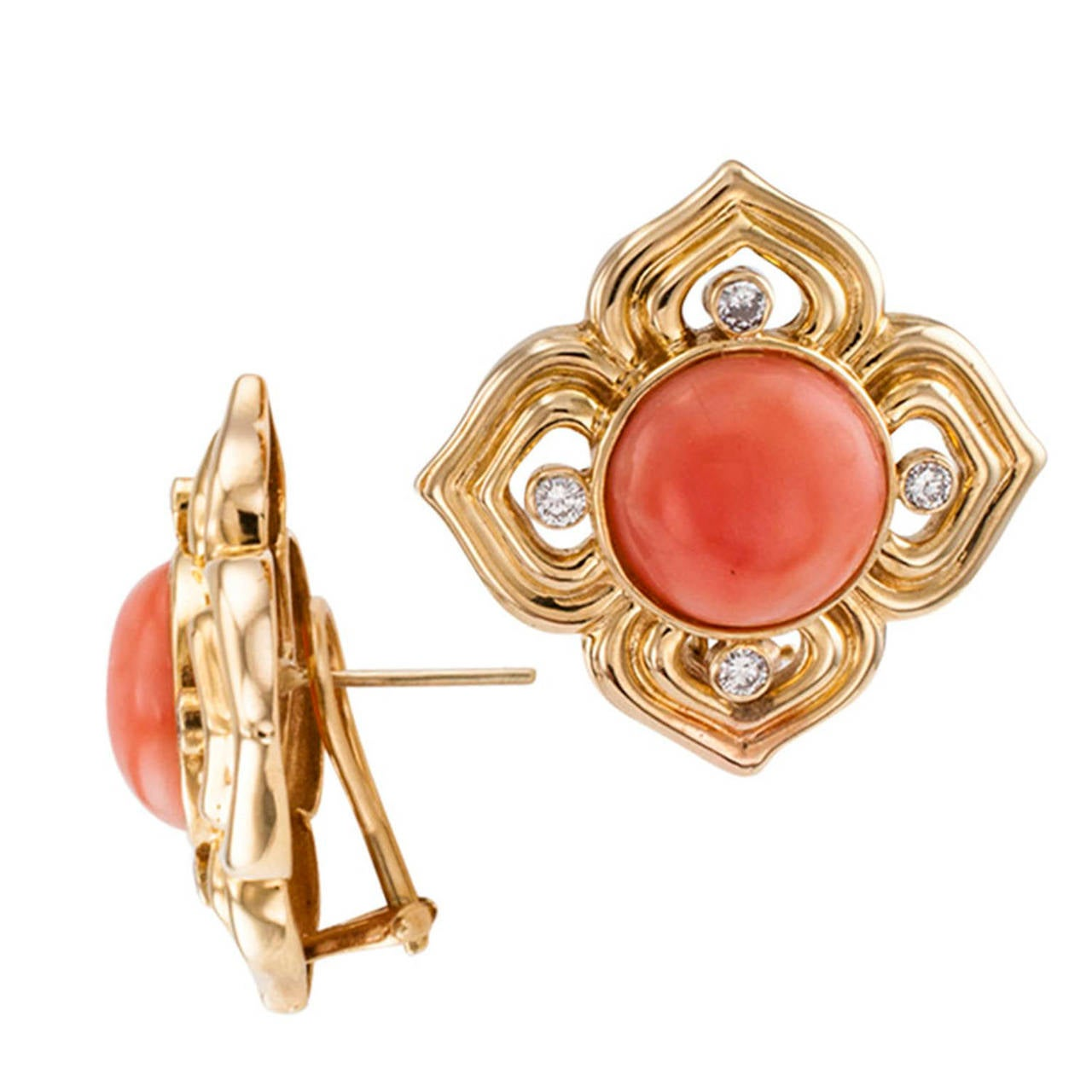 Contemporary Quatrefoil Coral Diamond Gold Earrings For Sale
