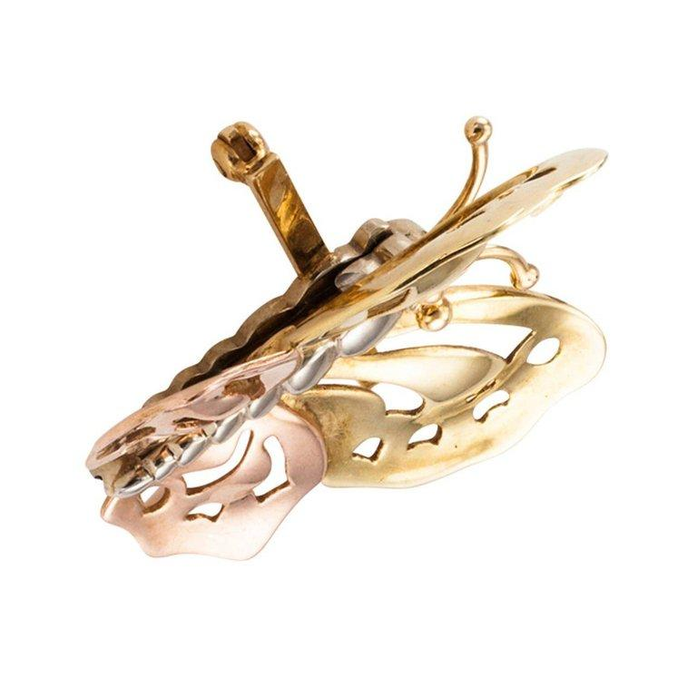 Women's or Men's 1940s Retro Three Color Gold Butterfly Brooch For Sale