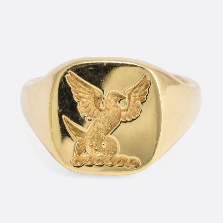 Contemporary Heraldic Intaglio Gold Signet Ring At 1stdibs