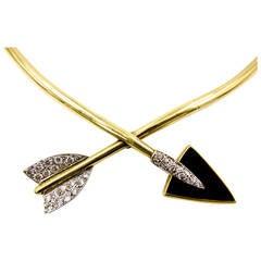 La Triomphe Unusual Onyx Diamond Gold Arrow Necklace