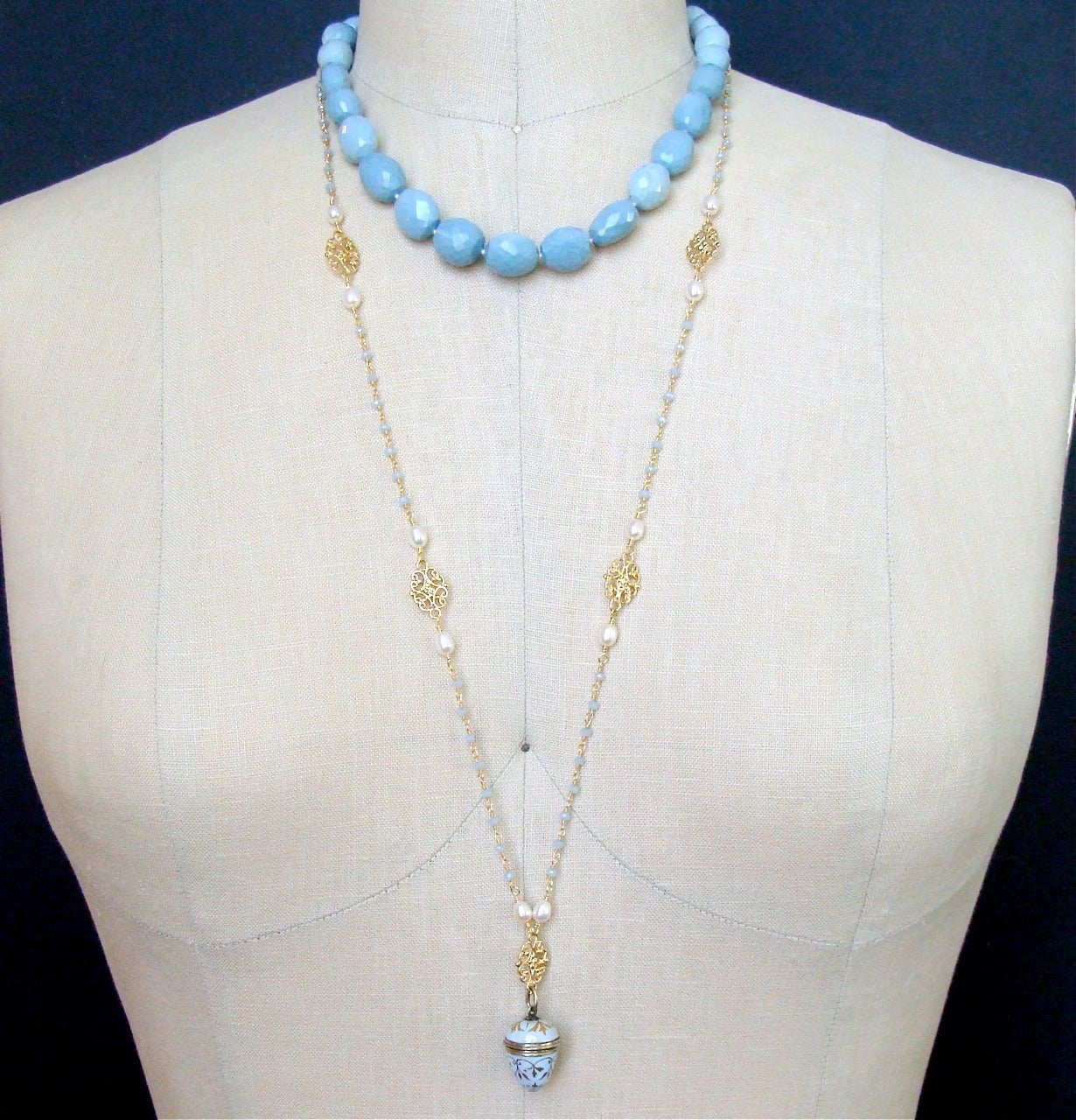 Blue Opal Mother of Pearl Inlay Choker Necklace For Sale 1