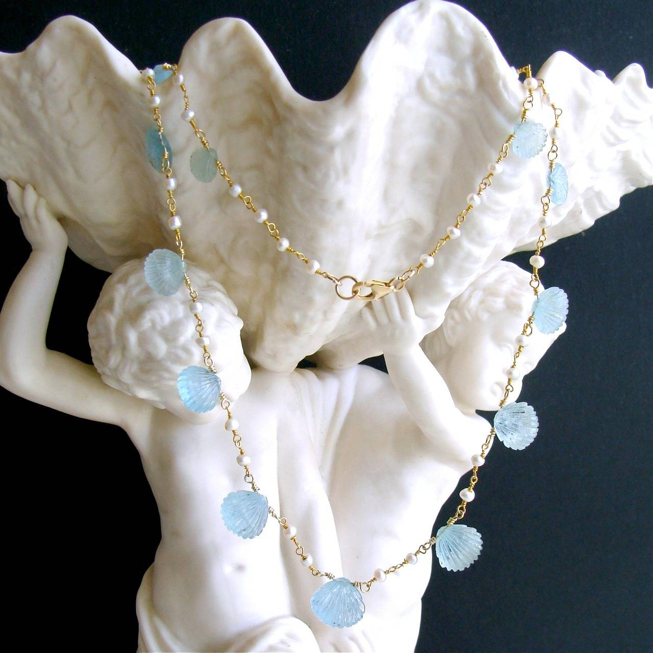 Carved Aquamarine Shell Freshwater Seed Pearl Choker Necklace 2