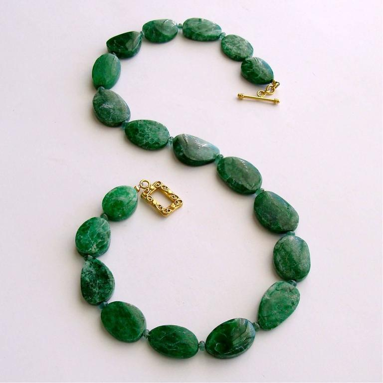 Artisan Maw Sit Sit Columbian Emerald Choker Necklace For Sale