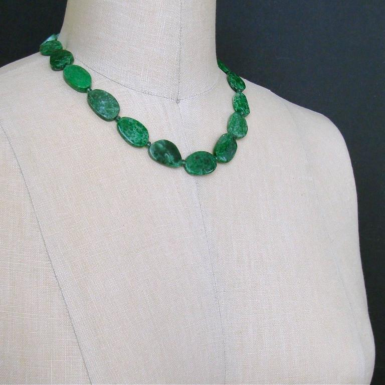 Women's Maw Sit Sit Columbian Emerald Choker Necklace For Sale