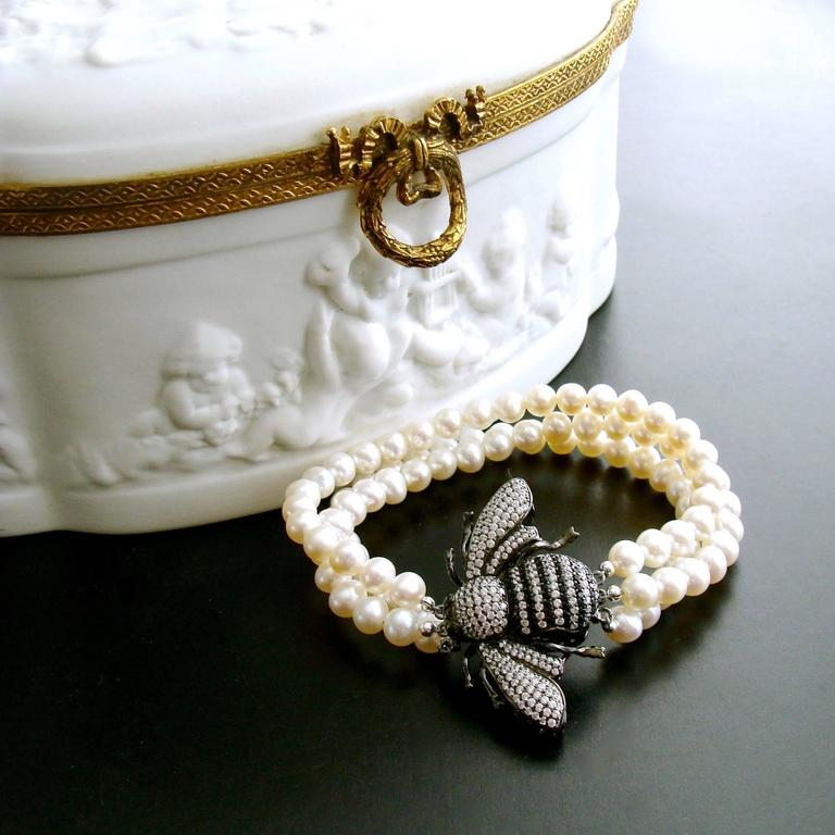 Bumble Bee Clasp Pearl Bracelet At 1stdibs