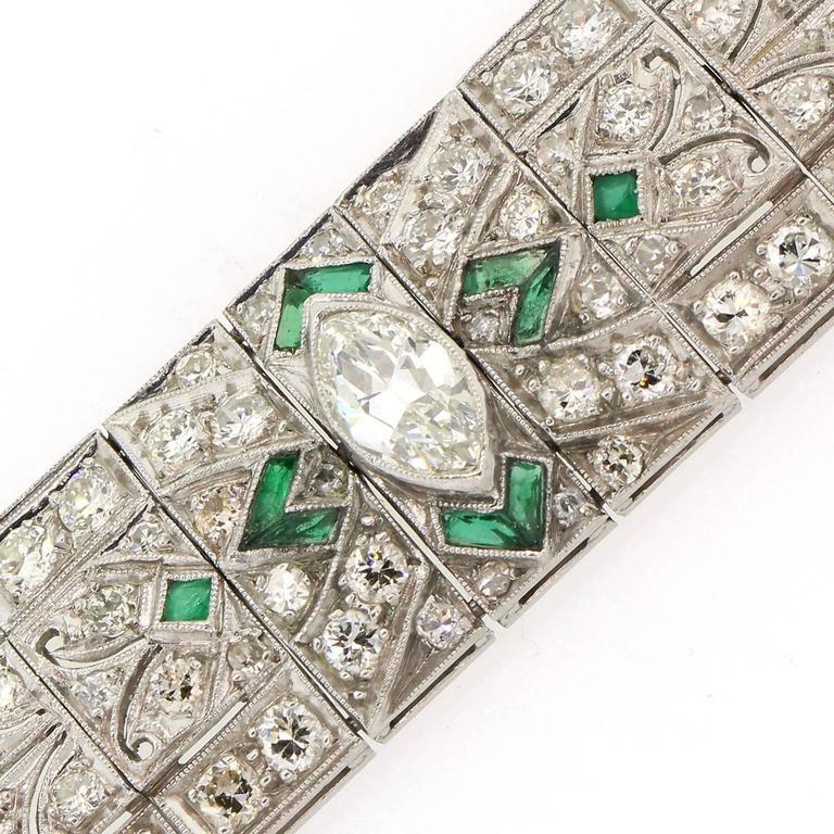 Art Deco Diamond Emerald Platinum Bracelet For Sale 1