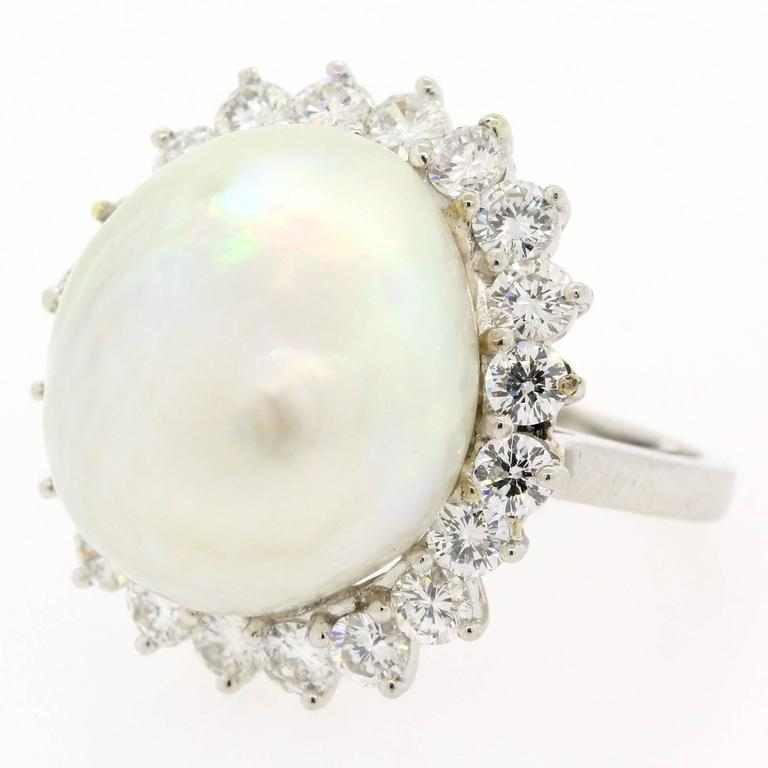 1970s South Sea Pearl Diamond Platinum Ring In As New Condition For Sale In Beverly Hills, CA