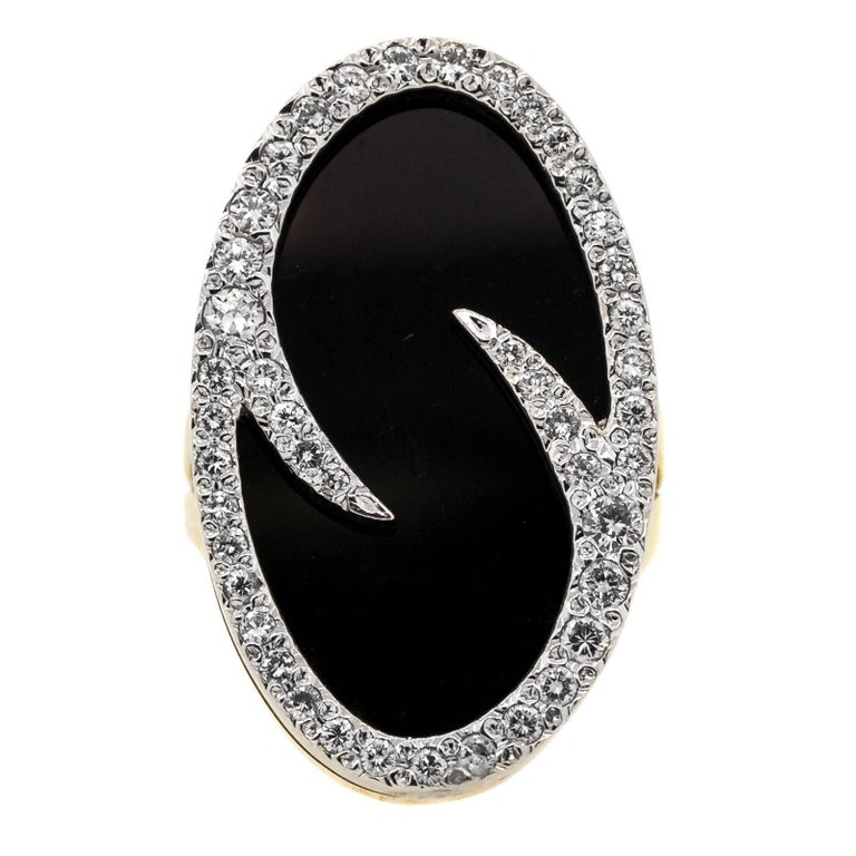Vintage Oval Onyx and Diamond Gold Ring For Sale