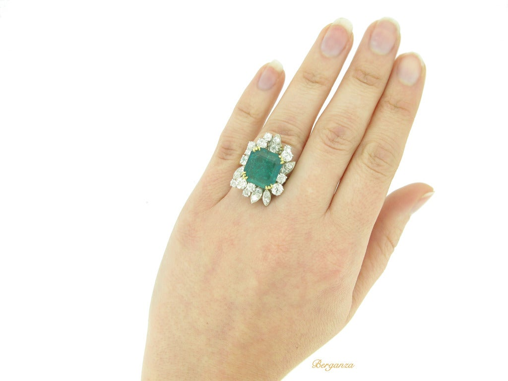 French Emerald Diamond Gold Platinum Cluster Ring circa 1950 5