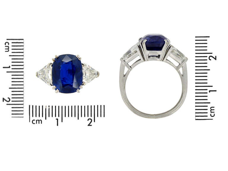 7.23Ct Unenhanced Royal Blue Burmese sapphire and diamond ring, circa 1960s. For Sale 4