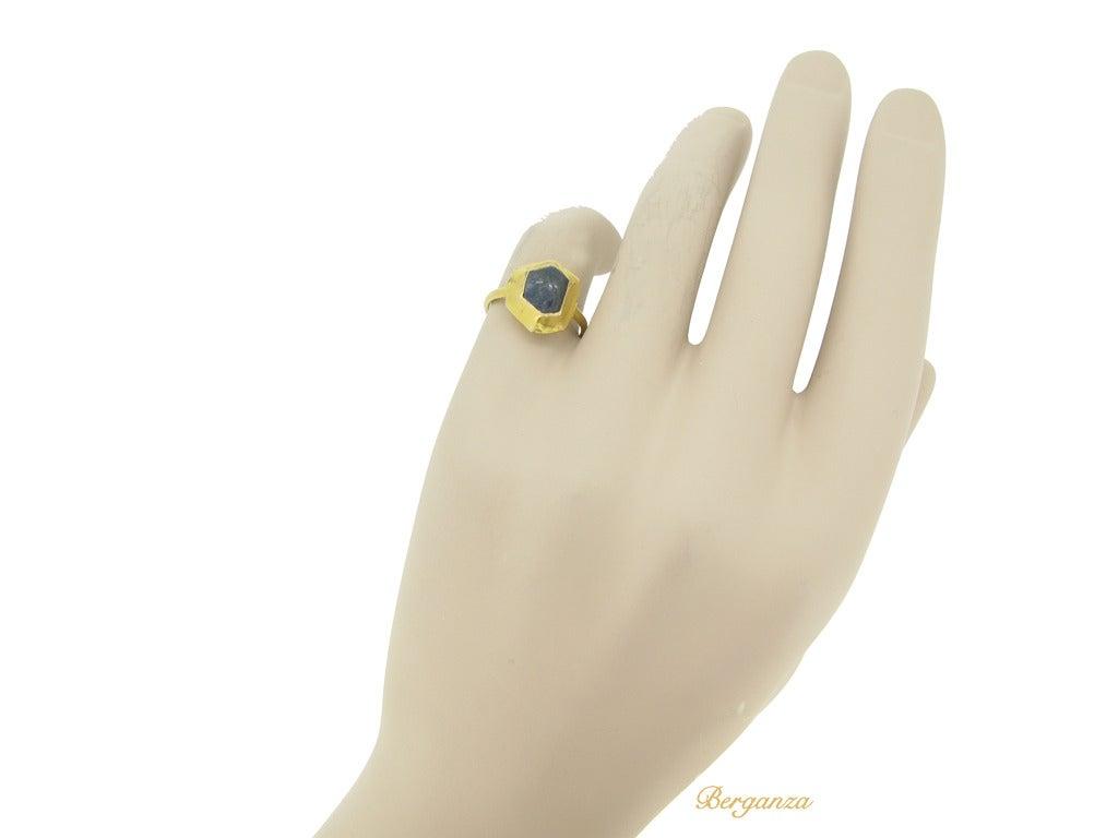 Medieval sapphire cabochon gold ring circa 14-15th century 6