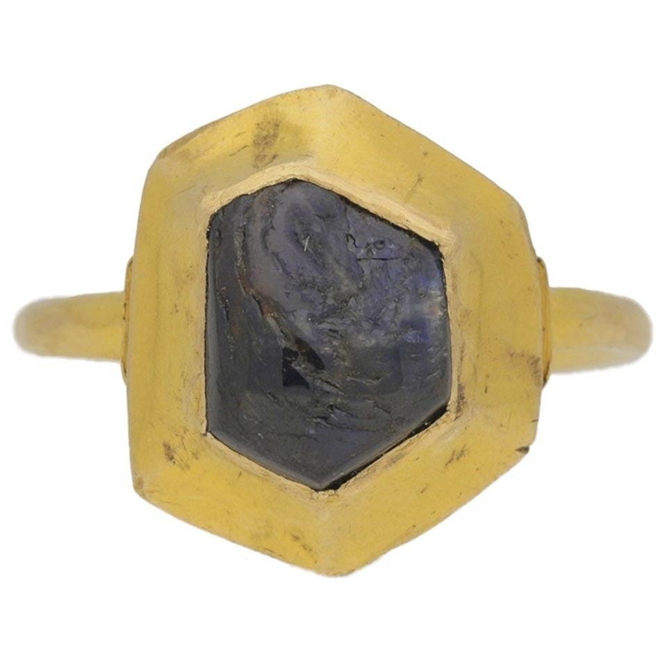 Medieval sapphire cabochon gold ring circa 14-15th century 1