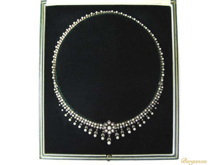 Antique Natural Pearl and Diamond Necklace, circa 1880 In Excellent Condition For Sale In London, GB