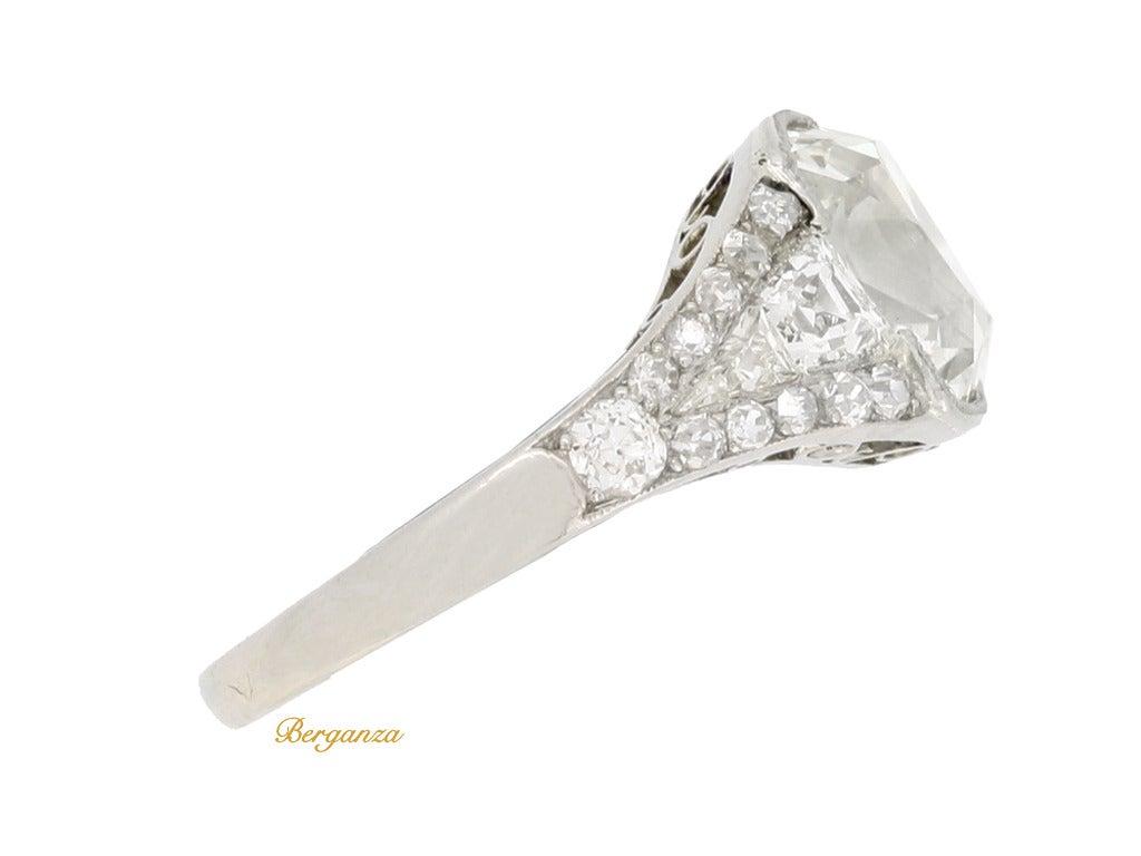 Art Deco Diamond Platinum Engagement Ring 2