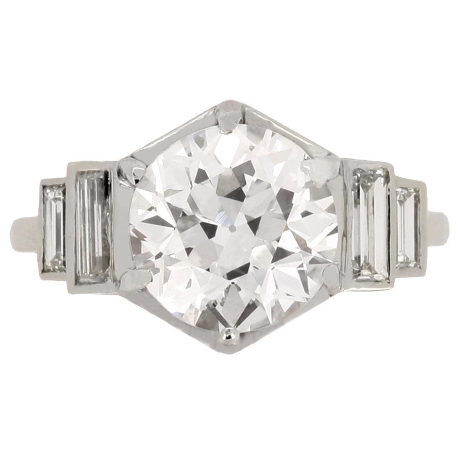French Solitaire Diamond Engagement Ring with Diamond Set Shoulders