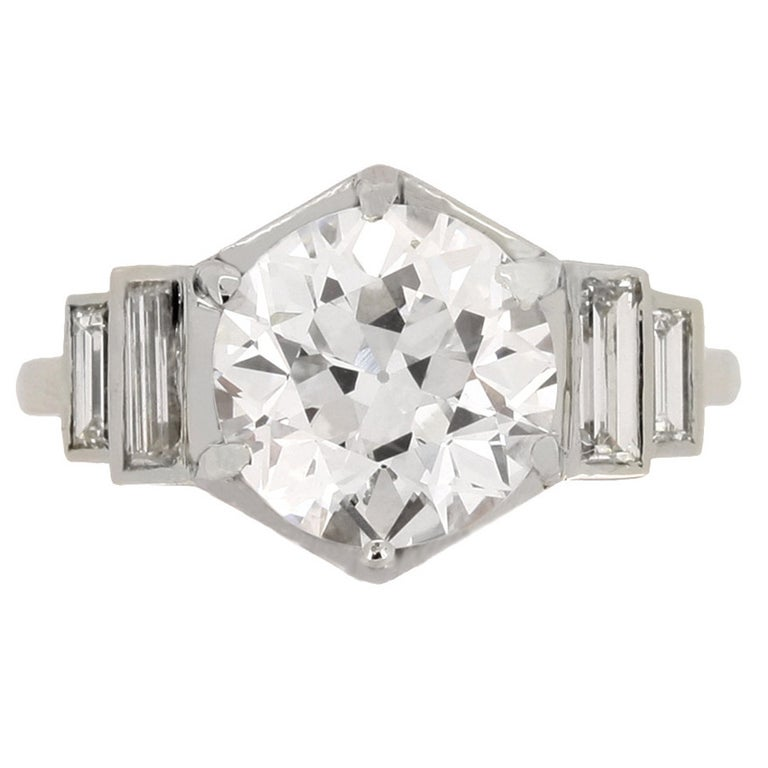 French Solitaire Diamond Engagement Ring with Diamond Set Shoulders For Sale