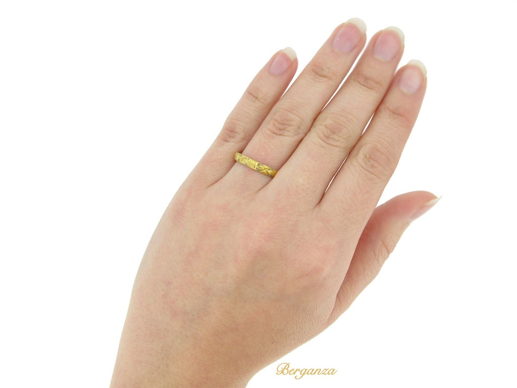 Stuart Gold Posy Ring For Sale 2