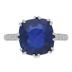 5.59 Cts Unenhanced Colour Change Ceylon Sapphire Ring circa 1950