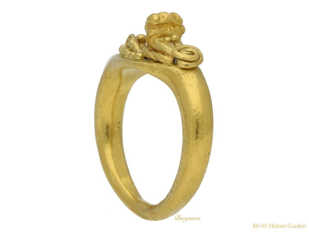 Romano Egyptian 1st Century BC Leonine Gold Ring For Sale At 1stdibs