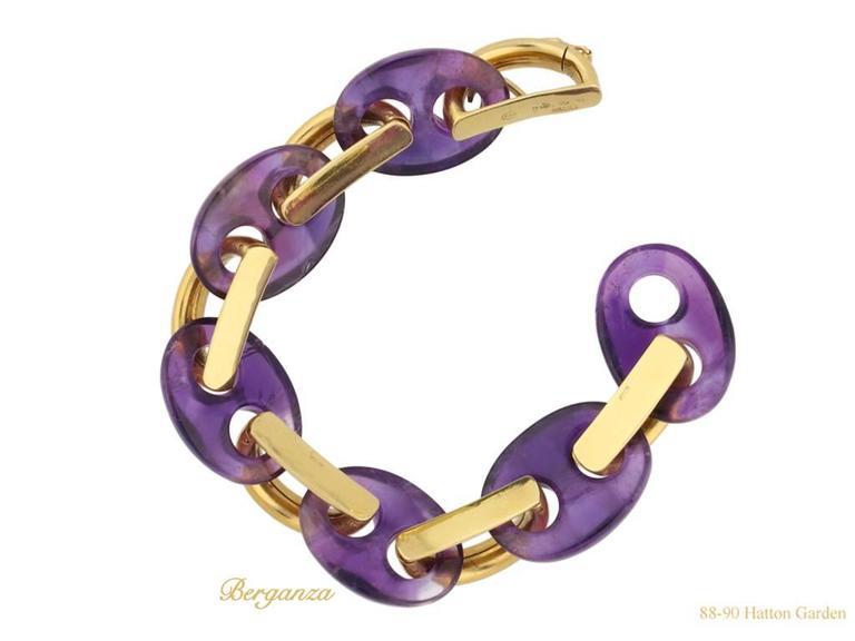 Women's or Men's 1974 Garrard & Co. Amethyst Gold Bracelet  For Sale