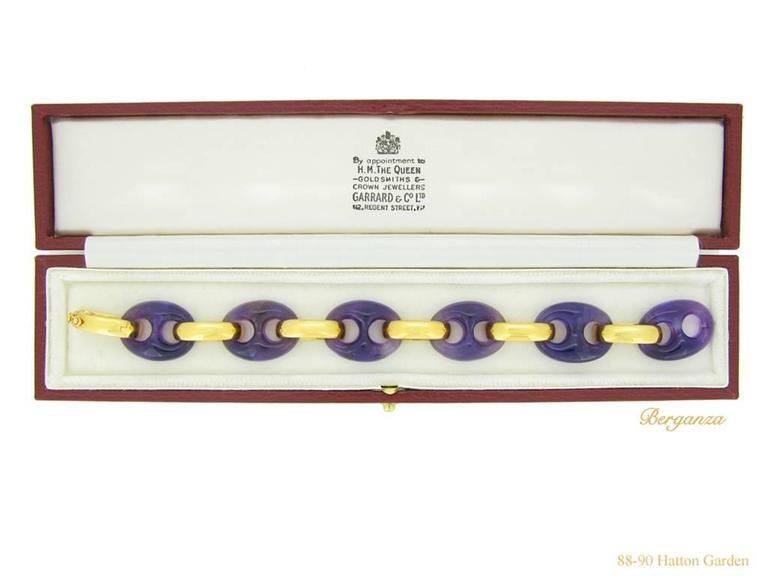 1974 Garrard & Co. Amethyst Gold Bracelet  For Sale 1