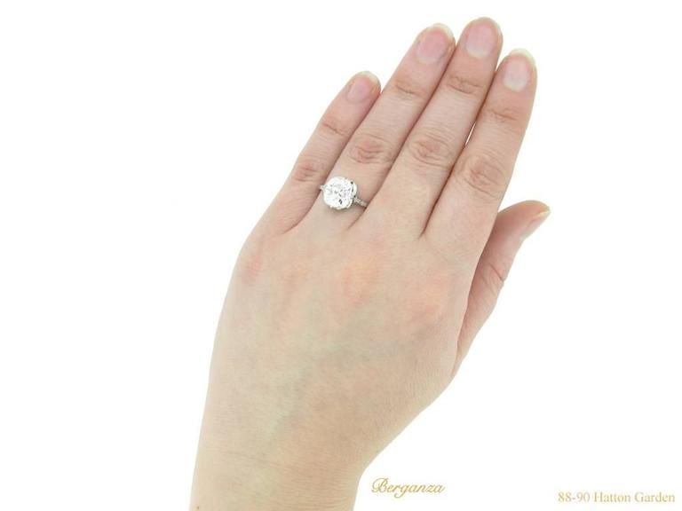 Women's or Men's Antique English old mine diamond solitaire ring For Sale