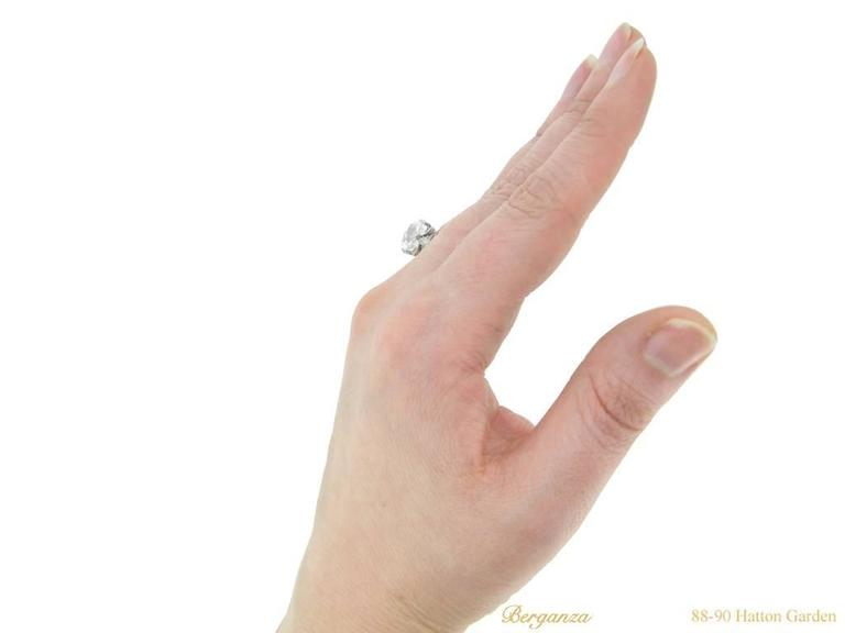 Antique English old mine diamond solitaire ring For Sale 1