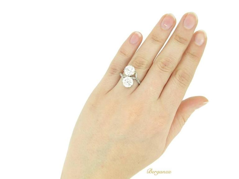 Antique Diamond Two Stone Cross over Engagement Ring, circa 1915 For Sale 1