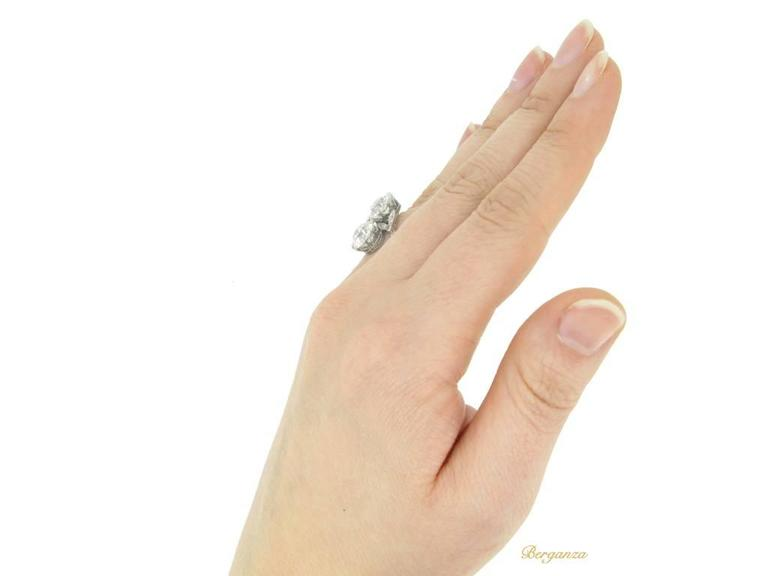 Antique Diamond Two Stone Cross over Engagement Ring, circa 1915 For Sale 2
