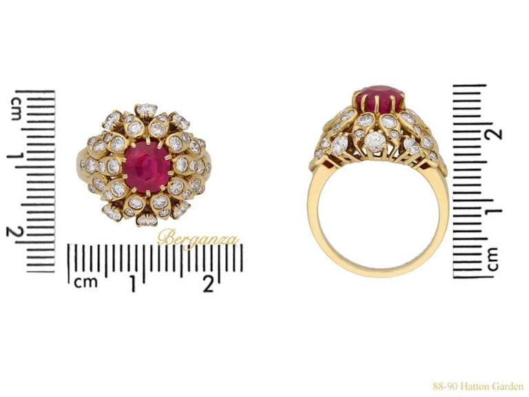 Van Cleef & Arpels Natural Burmese Ruby Diamond Ring, Circa 1960 For Sale 1