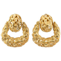 Vintage Door Knocker 18 Karat Yellow Gold Earrings, circa 1970s