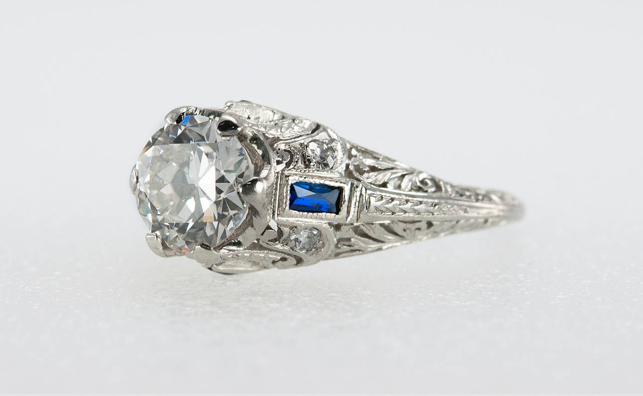Women's Art Deco 1.04 Carat Diamond Sapphire Platinum Ring For Sale