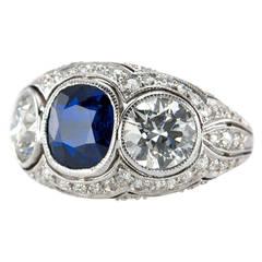 Art Deco Three-Stone Natural Sapphire Diamond Platinum Ring