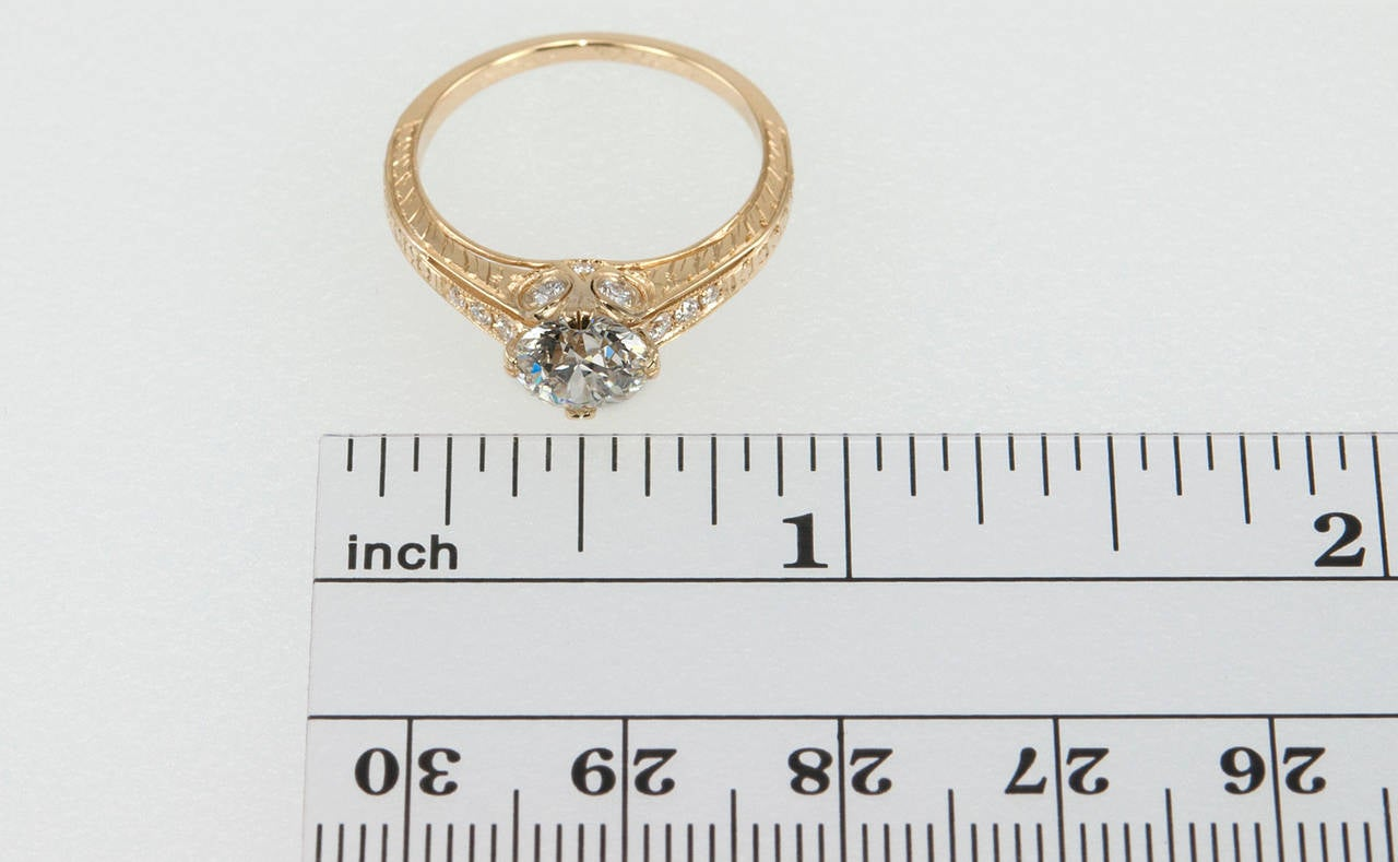 1.05 Carat Diamond Gold Engagement Ring 2