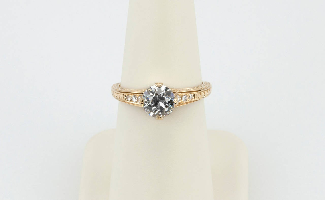 1.05 Carat Diamond Gold Engagement Ring 6