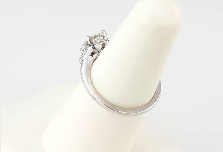 Cartier 1 Carat Round Brilliant Diamond Platinum Engagement Ring For Sale 4