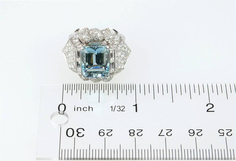 1960s Aquamarine Diamond Platinum Ring For Sale 4