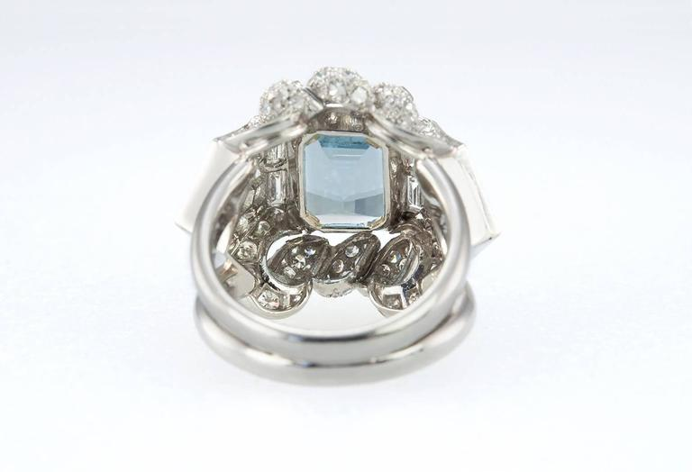 1960s Aquamarine Diamond Platinum Ring In Excellent Condition For Sale In Los Angeles, CA