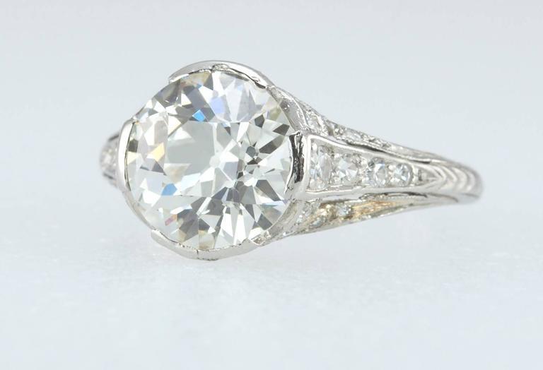 Edwardian 2.20 Carat Old European Cut Diamond Engagement Ring 3