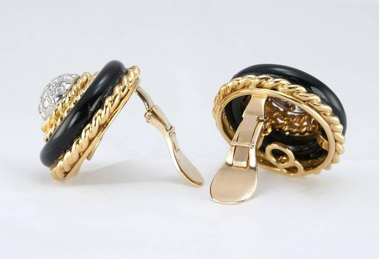 Van Cleef and Aprels Diamond, Onyx, Gold Clip-On Earrings For Sale 2