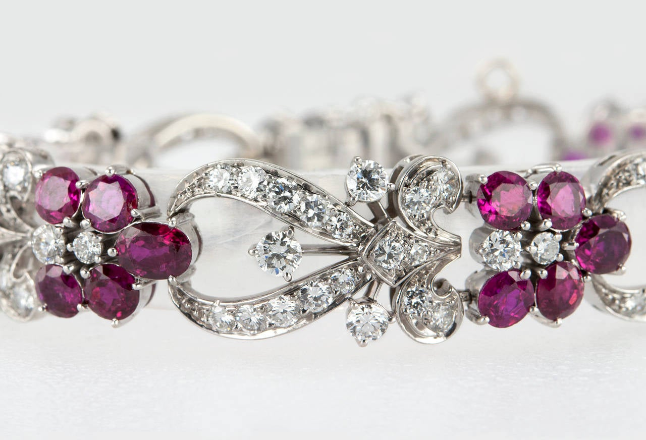 1940s Tiffany & Co. Ruby Diamond Palladium Floral Bracelet In Excellent Condition For Sale In Los Angeles, CA