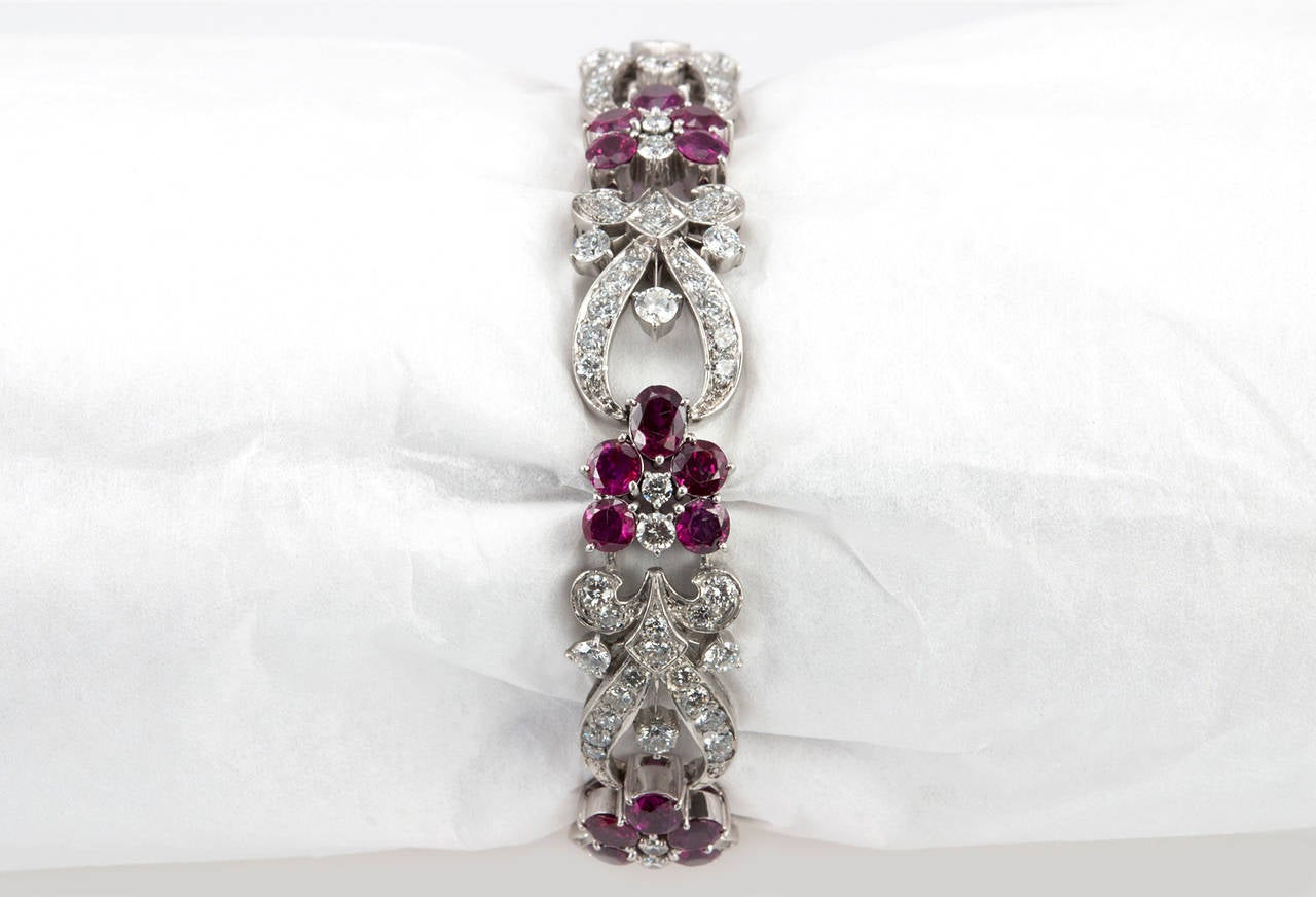 1940s Tiffany & Co. Ruby Diamond Palladium Floral Bracelet For Sale 1