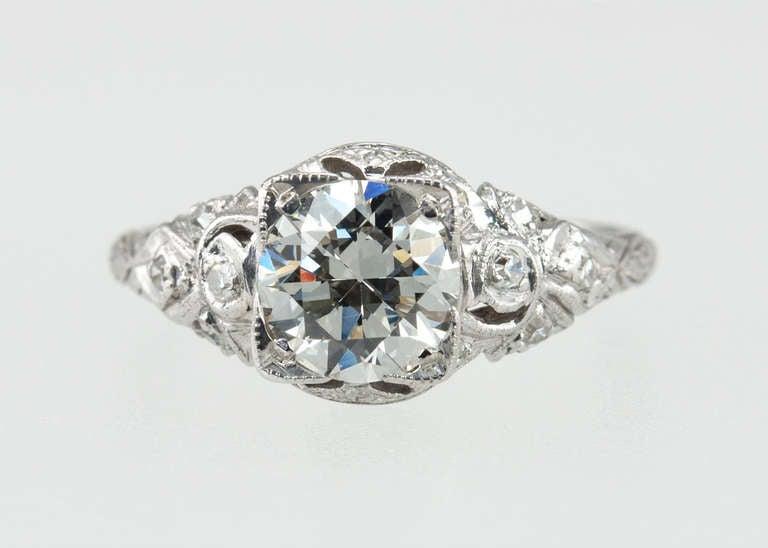 Edwardian 1.05 Carat Diamond Engagement Ring For Sale 1