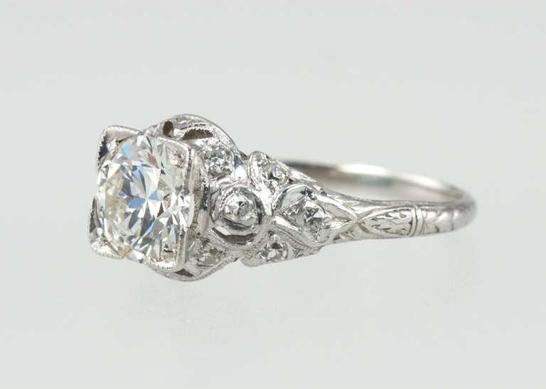 Edwardian 1.05 Carat Diamond Engagement Ring For Sale 2