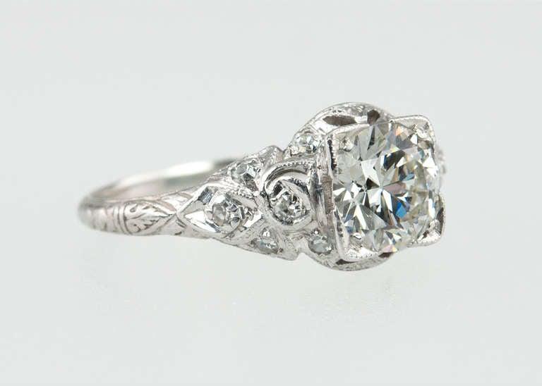Women's Edwardian 1.05 Carat Diamond Engagement Ring For Sale