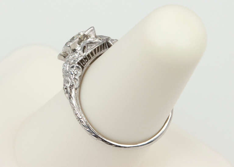 Edwardian 1.05 Carat Diamond Engagement Ring For Sale 5