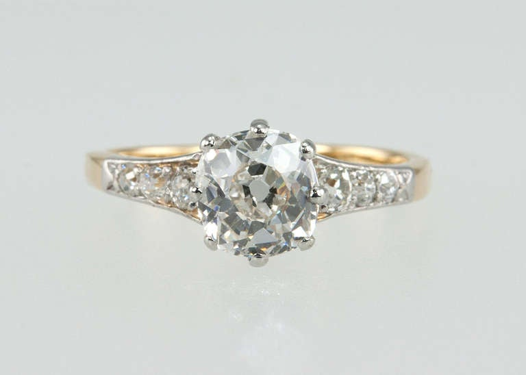 Splendid Victorian 1.25 Carat Engagement Ring For Sale 1